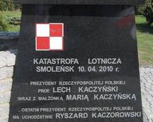 Poświęcenie pomnika - Ćmielów 22.04.2012