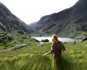 Pierwszy Celt na Gap Of Dunloe  (2007)         Musiał stać tak przez długą chwilę, wzruszony niemym, poruszającym krzykiem- starych jak świat, wiecznie żyjących gór... ...zupełnie tak samo jak ja.