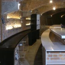 Zabudowa baru drewnem restauracja wrocław