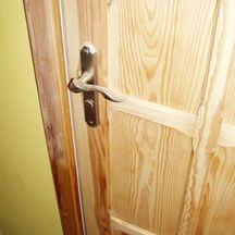 łazienkowe drewniane drzwi  80 wrocław