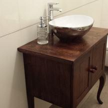 łazienkowa drewniana szafka na zamówienie we wrocław krzyki