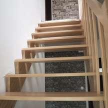 zabiegowe schody bukowe nowoczesne na zamówienie wrocław