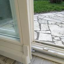 naprawa uszkodzonych ram w oknach i drzwiach stolarz wrocław krzyki