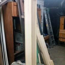 słup z drewna sosnowego ze zdobieniami stolarz wrocław