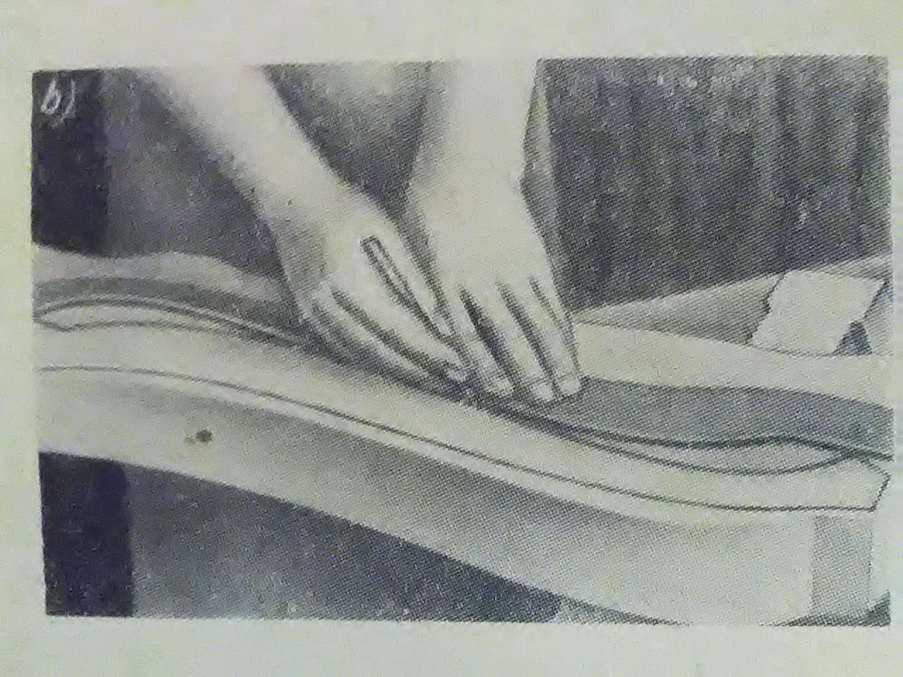 odrysowywanie od wzorników kształtu części drewanianej