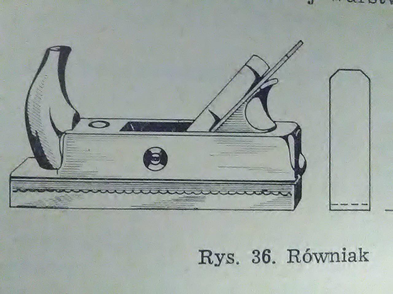 Równiak-strug wyrównujący po pracy zdzierakiem