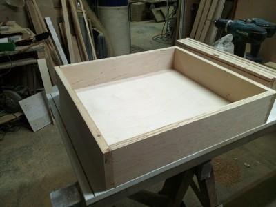 drewniana szuflada na wymiar u stolarza
