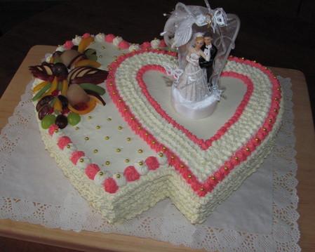 Tort weselny ''dwa serca''