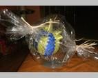Bombka jasnozielono-niebieska 8 cm. Cena 20 zł